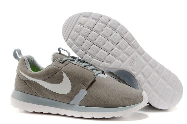 the best attitude bdc4e ad565 Nike roshe run suede grey blanc,air jordan blanche,pas cher marque